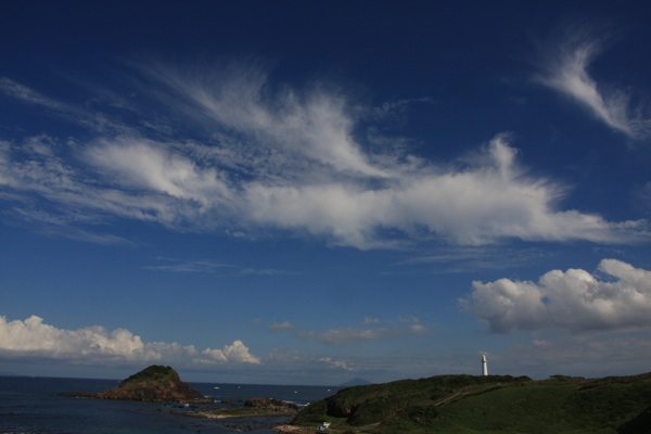 What are you looking at??? What are you looking at??? big sky in shimoda